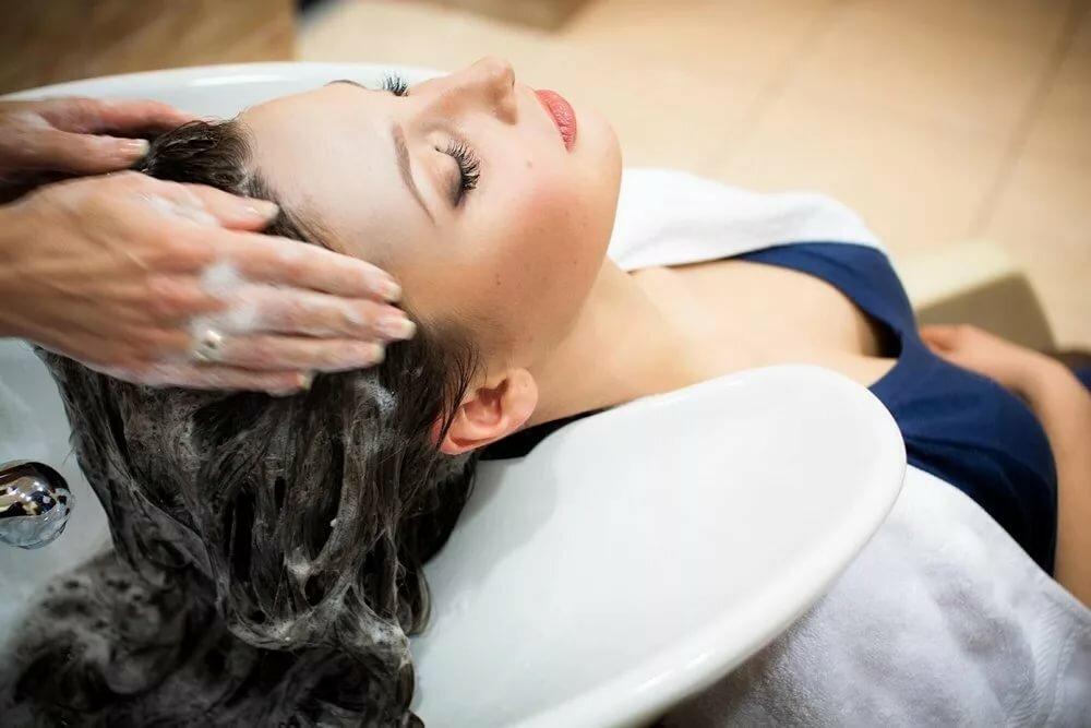 процедуры для волос в салоне красоты